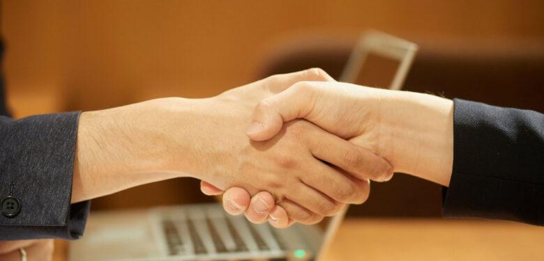保険営業マンが知っておくべき「共同経営の注意点」
